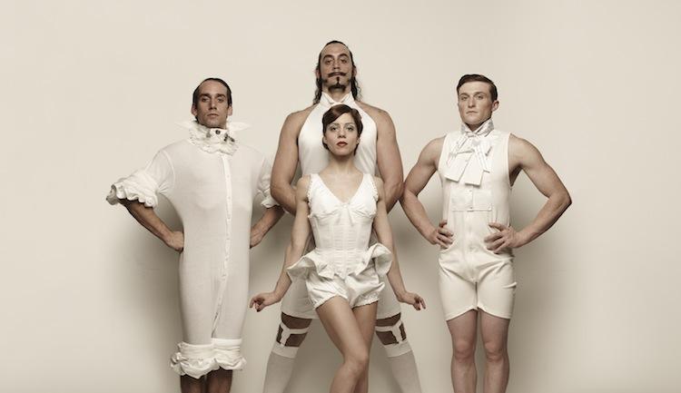 Cirque Le Roux à Juliobona: variations sur l'amour