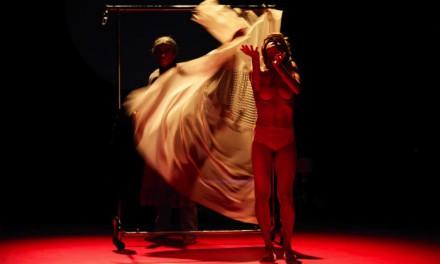 Danse au Rive gauche: un couple dans Stravinsky Motel