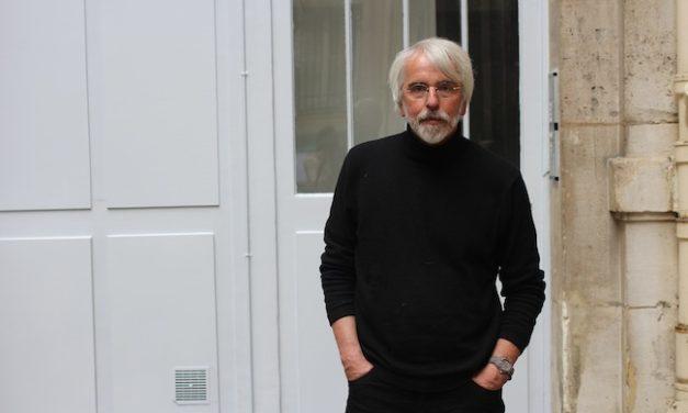 """Philippe Delerm : """"quand on a été heureux, on regrette"""""""