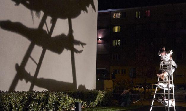 Sculptures éphémères sur des «Jeux d'échelles»