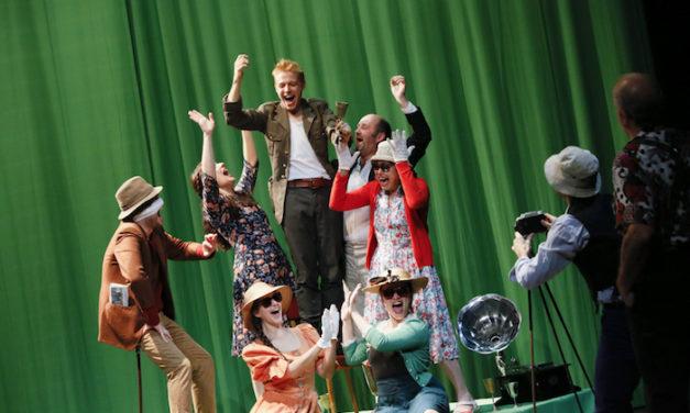 Théâtre au CDN : des monstres dans un monde absurde