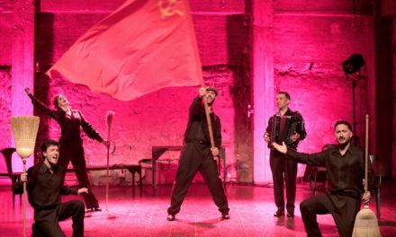 La vie d'Yves Montand est une comédie musicale
