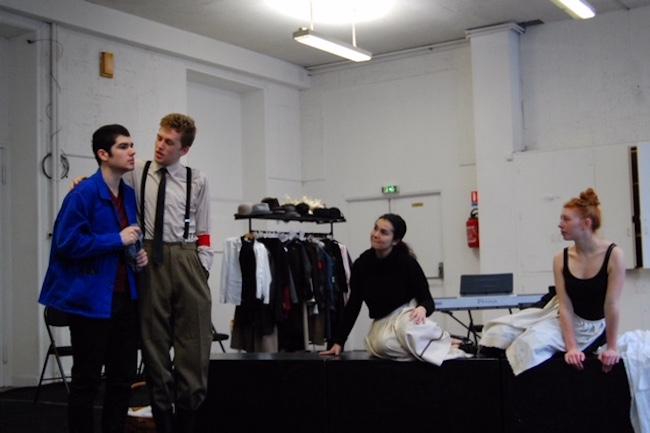 Le théâtre épique de Brecht pour les élèves du conservatoire