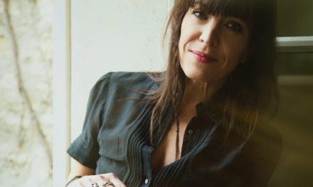 Jil Caplan : «Le jazz manouche m'a permis de reprendre des galons de chanteuse»