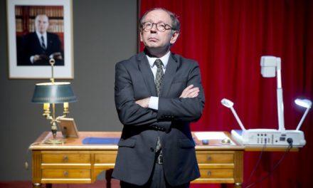 Théâtre à l'ECFM :il correspond avec les présidents de la république