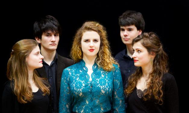Eva Zaïcik chante avec le Poème harmonique