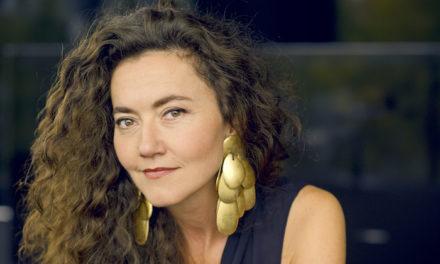 Stéphanie d'Oustrac : «On se laisse toujours forcément envahir par l'émotion»