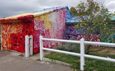 Un tableau en 3D de 28 553 carrés de laine