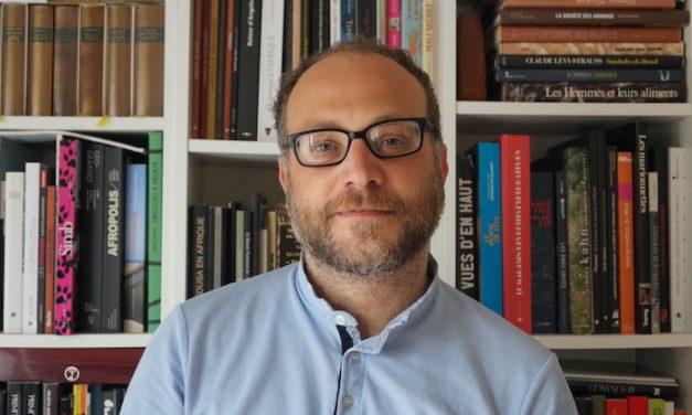 Julien Bondaz : « Le perroquet est un symbole de la bourgeoisie »